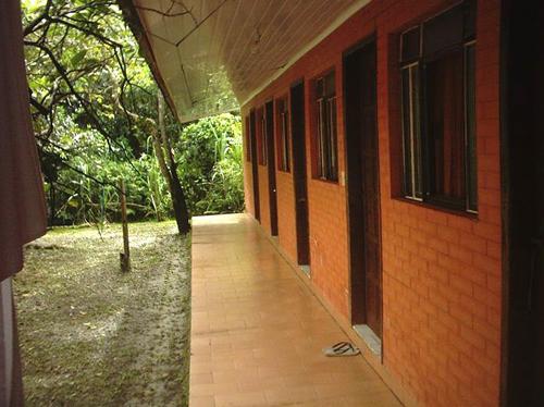 6 quartos de casal com ar condicionado :: Pousada do Carlito - Ilha do Mel (Paranaguá) PR