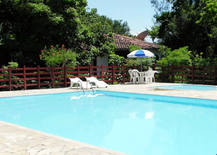Nossas piscinas de adulto e criança :: Pousada Dunas do Pero - Cabo Frio RJ