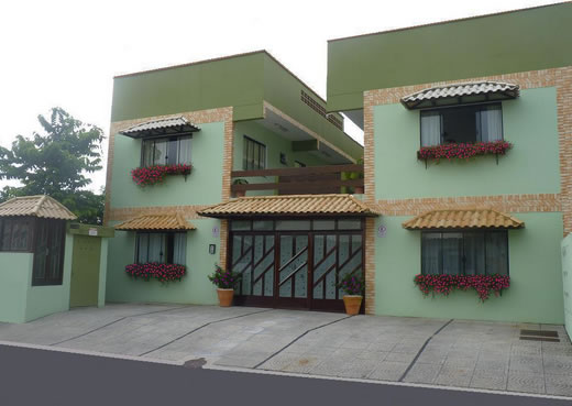 fachada :: Pousada Praia dos Amores - Balneário Camboriú SC