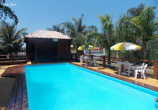 Vista piscina e bar :: Arco Íris Pousada - Ilha Comprida SP