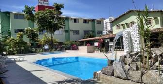 Para relaxar nas piscinas adulto e infantil  :: Pousada Duas Praias - Guarapari ES