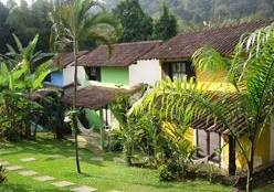 Chalets duplex Amarelo-Verde  e Azul capacidade até 04 pessoas :: Pousada Arcobaleno - Angra dos Reis RJ