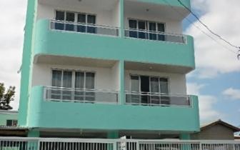 fachada do edificio :: Apartamentos em Meia Praia - Itapema SC