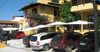 entrada e estacionamento :: Pousada Villa Garoupeta - Bombinhas SC